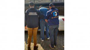 Se entregó un hombre acusado de narco que tenía pedido de captura