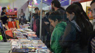 Difunden el programa de la Feria del Libro de Paraná