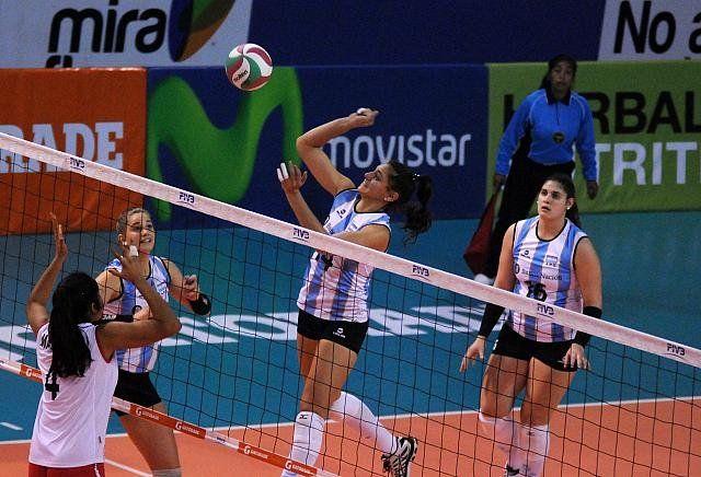 Argentina barrió a Costa Rica y se metió en semifinales