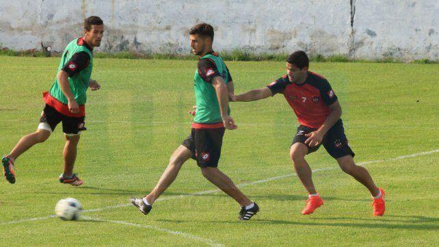 Para mañana se prevé práctica de fútbol en el estadio Grella.