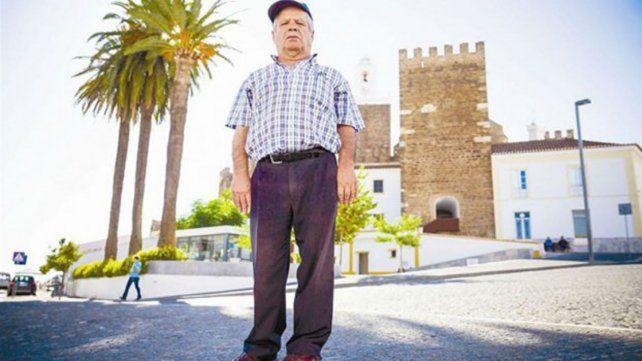 Utilizó por más de 40 años una silla de ruedas y le habían diagnosticado mal su enfermedad