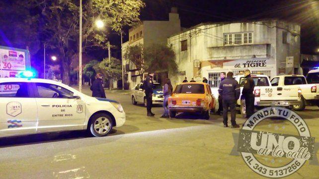 Descontrolado: Se chocó todo en el Rosedal y terminó detenido