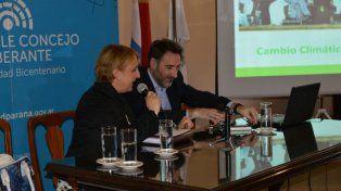 Juan Carlos Villalonga habló sobre cambio climático y Acuerdo de París, en Paraná