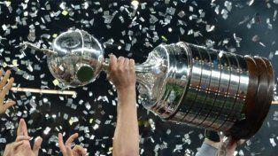Copa Libertadores anual y con final única