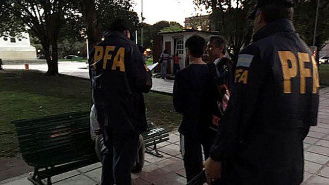 Detuvieron a un joven que vendía marihuana cerca de una escuela