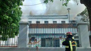 La directora de la escuela Rivadavia dijo que la institución aguarda obras