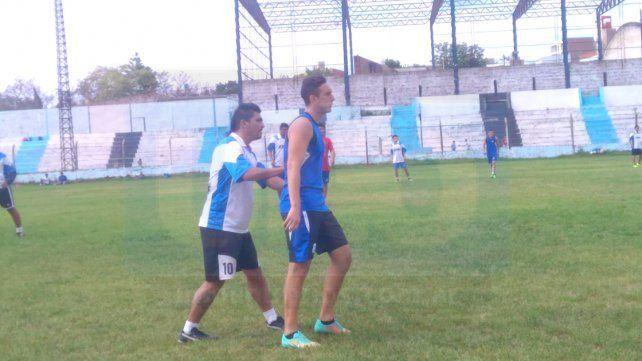 Peñarol buscará su primera victoria ante el clásico rival