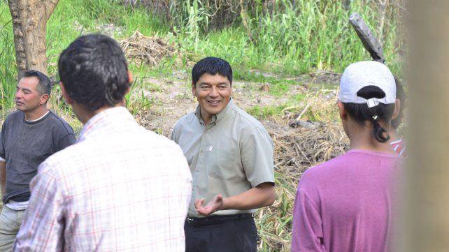 Un consejo. Héctor les habla a los pibes con una palabra autorizada por su experiencia.