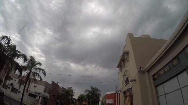 Pronostican días nublados y tormentas aisladas hasta el martes