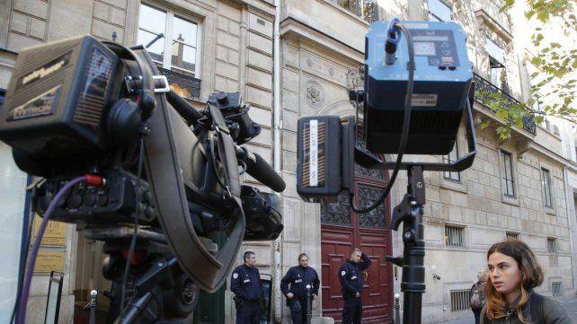 Se fue Kim Kardashian de París tras sufrir el robo de 10 millones de dólares en joyas