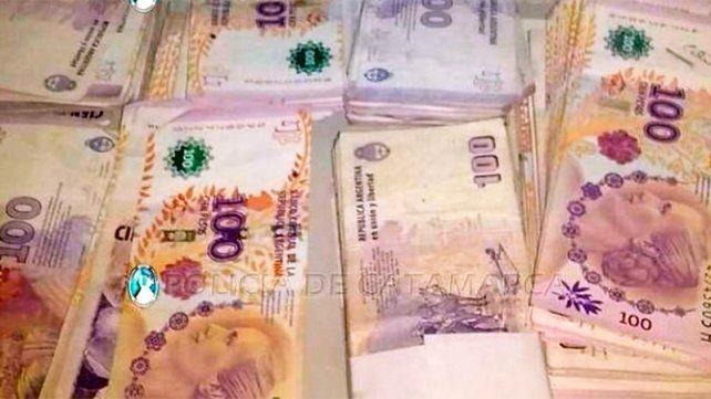 Robó 70.000 pesos, se arrepintió y fue a la comisaría para devolverlos
