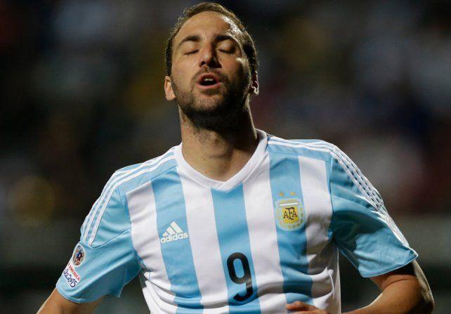 Bauza confirmó que Higuaín será titular el jueves ante Perú