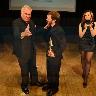el musico nicolas faes micheloud gano el premio escenario de oro 2016