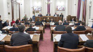 Sesión. Los legisladores trataron diferentes proyectos.