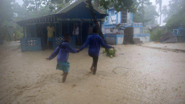 EE.UU: Millones de personas evacuadas por la llegada del huracán Matthew