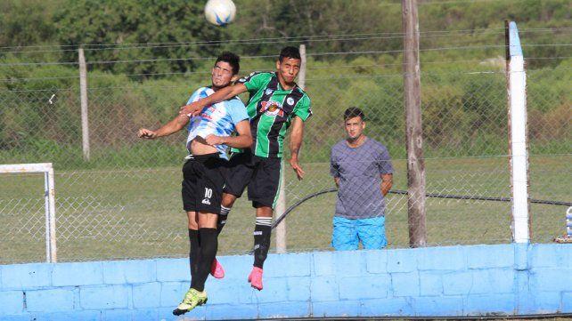 Exequiel Comas ingresará al 11 inicial de Belgrano para oficiar de marcador de punta izquierdo.