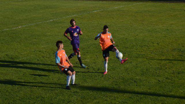 El Mondonguero igualó sin goles ante el puntero