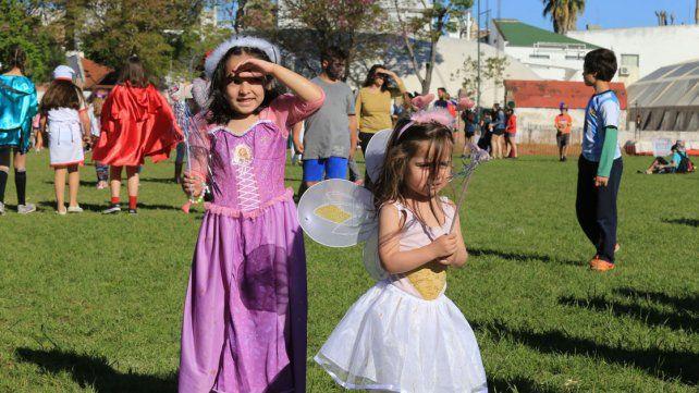 Fiesta de disfraces del CAE