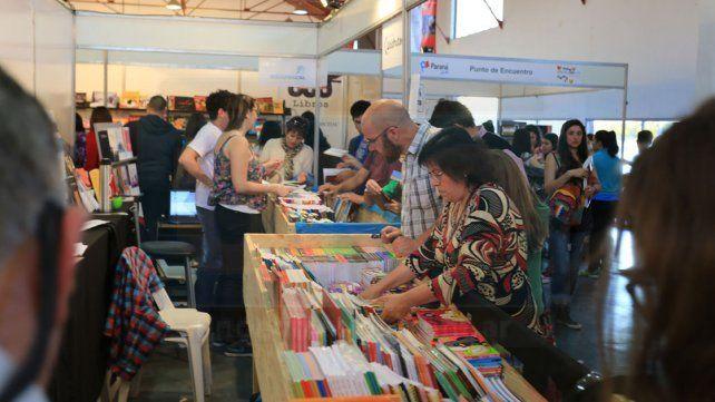 Lectores. Recién el viernes por la tarde y ayer se registró un mayor movimiento en la Feria.