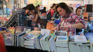 Este domingo concluye una Feria del Libro de alto vuelo a la que faltó público