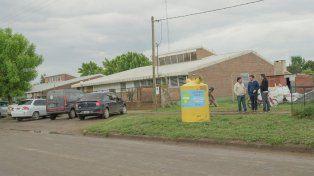 Instalaron en Nogoyá contenedores para separar residuos para hacer chapas ecológicas
