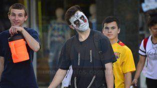 Paraná volvió a disfrazarse junto a miles de visitantes de todo el país