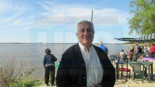 Presencia destacada. Jorge Méndez visitó Puerto Sánchez.