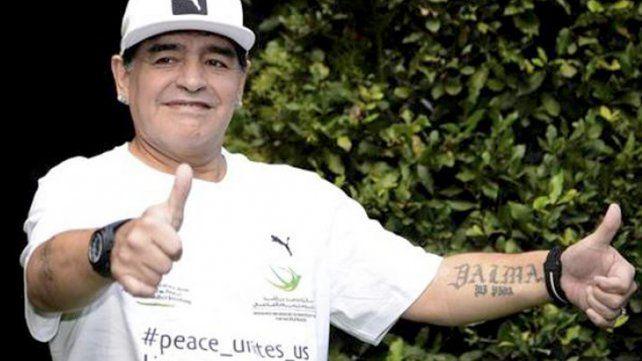 Maradona volvió a pegarle a Icardi y lo trató de traidor