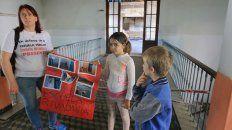A clases. Padres y alumnos de la escuela se habían movilizado el miércoles junto a Agmer Paraná.