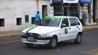 Expectantes. Esperan que antes de fin de año el Concejo de Paraná legisle sobre los remises.