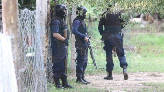 Allanamientos y siete detenidos en Villa Mabel