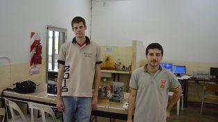 Alumnos hicieron una impresora  3D con materiales reciclados