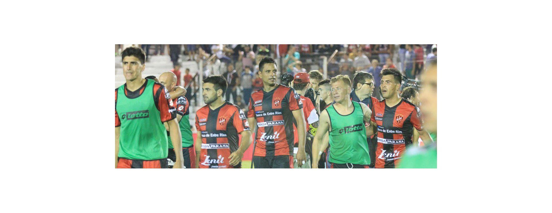 Todo el color del partido entre River Plate y Patronato en Paraná