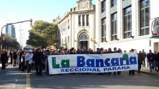 Atención reducida en bancos por asambleas de trabajadores