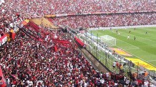 Colón vs Patronato se jugaría con hinchas visitantes