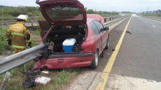 Chocaron con un guardarrail en la autovía 14 y murió el conductor