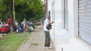 Los directivos Santos no quieren abrir las boleterías del Grella.
