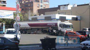 Petroleras piden otro aumento de las naftas que podría concretarse en noviembre