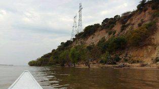 Paraná: Es gravísimo el desmoronamiento de la barranca donde se ubica torre de alta tensión