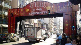 Cien estrellas de la cultura y el espectáculo visten a la avenida Corrientes