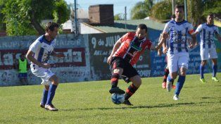 Viale FBC se clasificó a semifinales luego de vencer 3-1 a Cañadita.