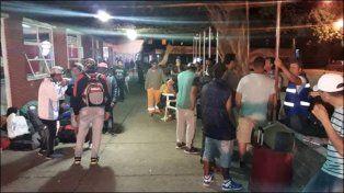 Decenas de paranaenses quedaron varados en Federal por una promesa de trabajo