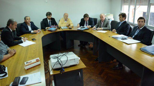 Comisión. Participaron diputados y directivos del INTA.