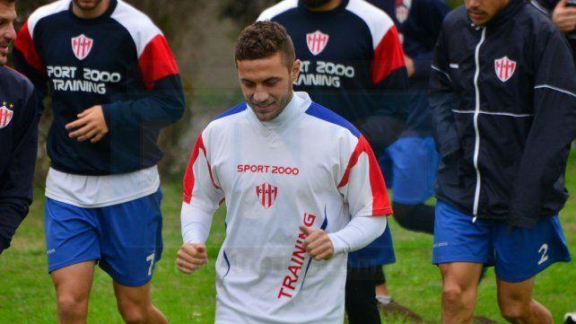 Caballero integraría mañana por segunda vez la formación inicial de Atlético Paraná.