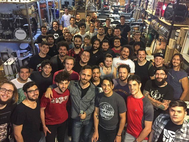 La toma es de Alejandro Vitas uno de los músicos más importantes de la región que se sacrificó en pos de  la foto
