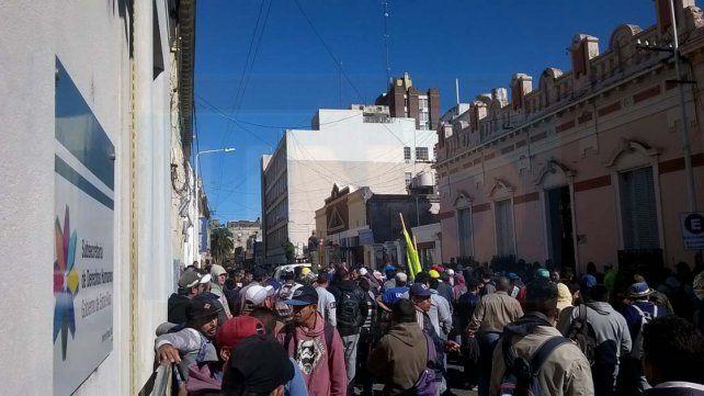 Trabajadores de Uocra denunciaron nuevos despidos de la empresa Cemyc
