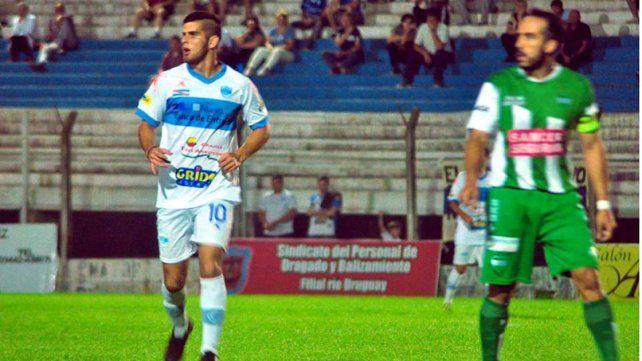 Juan Manuel Rodríguez le dio otra fisonomía al juego del equipo uruguayense.