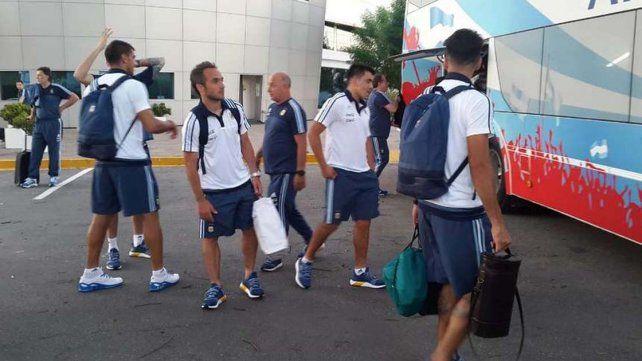 Parte de la delegación Argentina parte rumbo a BeloHorizonte.