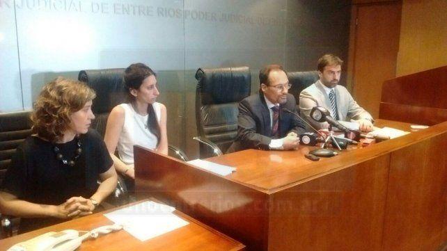 El procurador García dijo que la Justicia entrerriana trabaja para evitar los femicidios