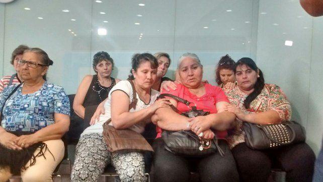 La familia de Comas escuchó la sentencia en tribunales. Foto UNO.